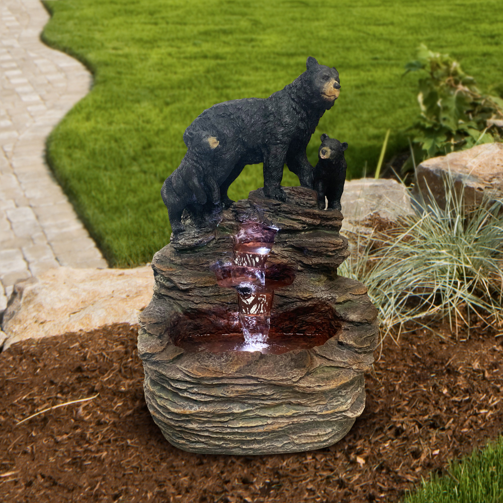 AD94002-BearWithCubsFountain-lifestyle